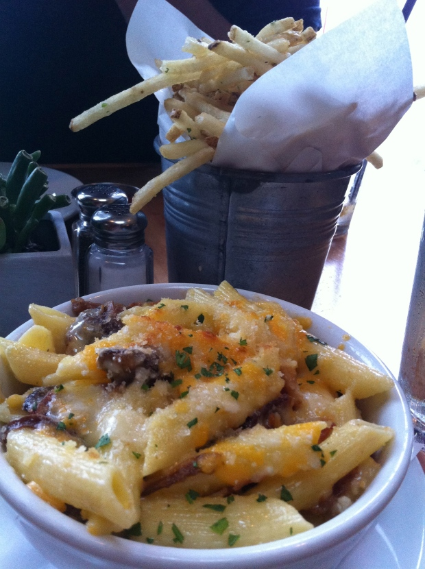 Truffle Mac N Cheese